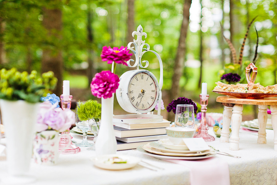 6859901alice-in-wonderland-tea-party-wedding-inspiration-tablescape-with-clock